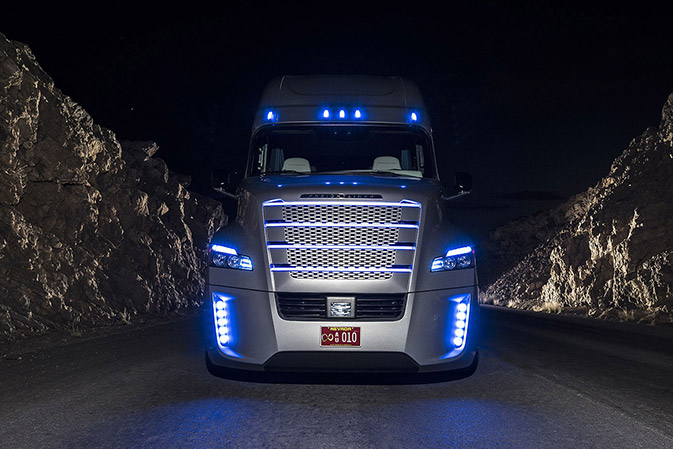 The Freightliner Inspiration Truck Becomes First Licensed Commercial To Operate In Autonomous Vehicle Mode On Open Public Highways United
